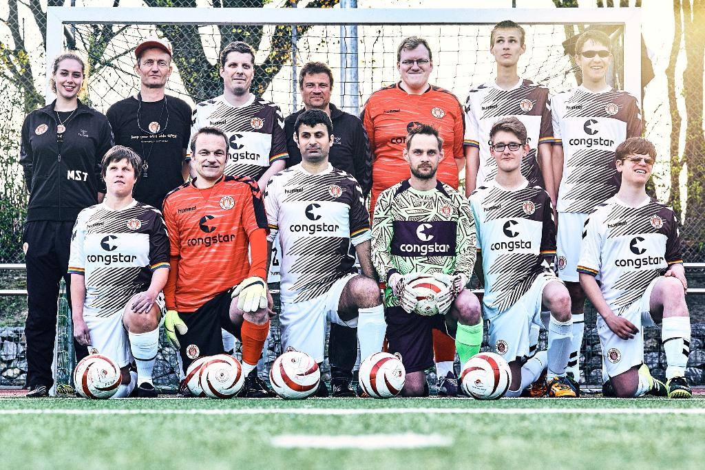Bundesligateam des FC St.Pauli (Foto: Stefan Groenveld)
