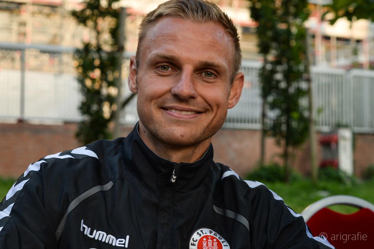 Bernd Nehrig lächelt